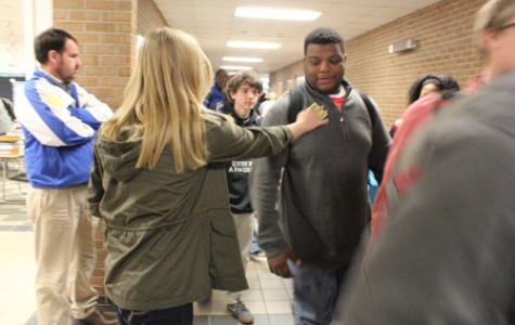 THS students perform random acts of kindness