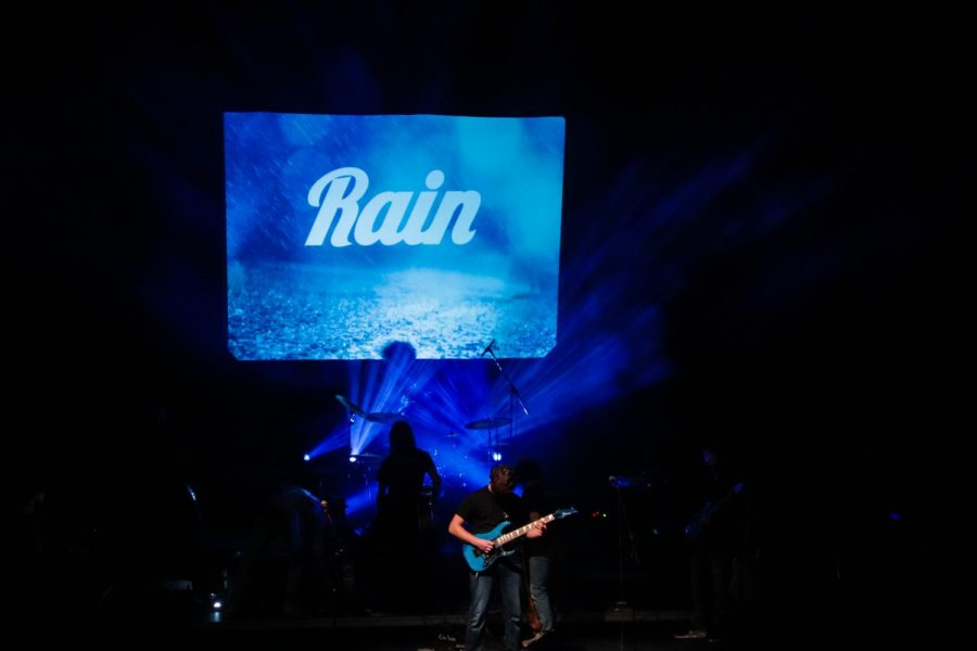Structure Home Show performing Rain - December 3, 2020
