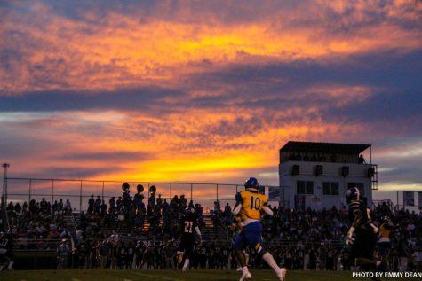 Tupelo Football v Saltillo