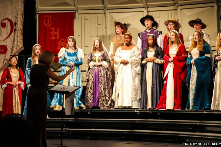 Madrigals sing Ave Maria at the preview from Friday. This [version] is the third Ave Maria we had to learn because we have changed [the show] it to give it more variety from year to year senior, 3 year member Cole Raden said.